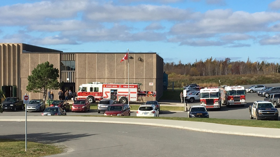 Police and fire crews respond to a smoke alarm at Memorial High School in Sydney Mines, N.S. on Nov. 9.