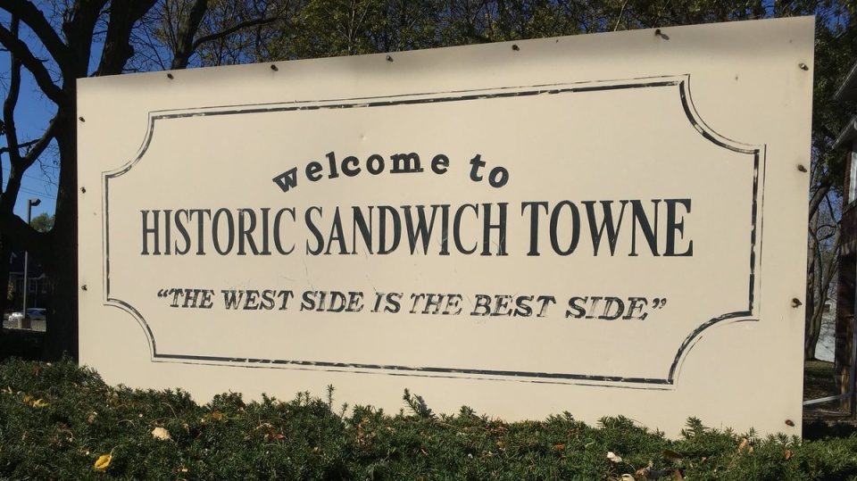 """Entrance sign into Historic Sandwich Towne, featuring the emblem, """"The West Side is the Best Side."""" (Chris Campbell/CTV Windsor)"""