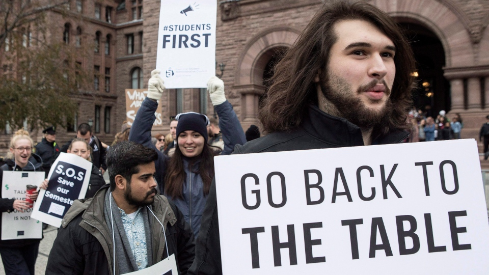 Students demonstrate outside the Ontario Legislature in Toronto on Wednesday November 1, 2017, as they protest against the ongoing strike by Ontario faculty members. (Chris Young/The Canadian Press)