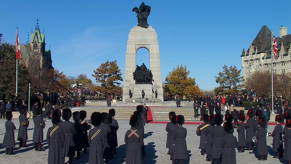 Remembrance Day 2017 ceremony underway in Ottawa at the National War Memorial (CTV News)