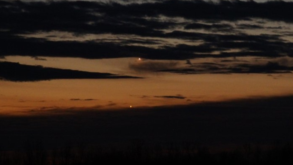 Two beacons': Jupiter and Venus line up in planetary