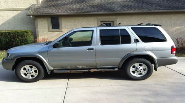 This 1995 - 2004 Nissan Pathfinder is similar to a vehicle police hope to locate as part of an investigation into an April 2016 homicide (Courtesy: Calgary Police)
