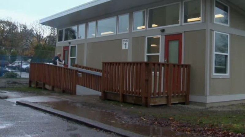 The exterior of the new learning studio at Quadra Elementary School in Victoria. Nov. 14, 2017. (CTV Vancouver Island)