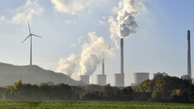 A coal-burning power plant steams in Gelsenkirchen, Germany while the 23rd UN Conference of the Parties (COP) climate talks end in Bonn, Germany, Nov. 17, 2017. (AP Photo/Martin Meissner)