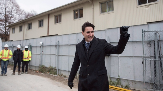 Canadian Prime Minister Justin Trudeau visits a housing development in Toronto's Lawrence Heights neighbourhood ahead of a policy announcement , on Wednesday November 22, 2017. (THE CANADIAN PRESS / Chris Young)