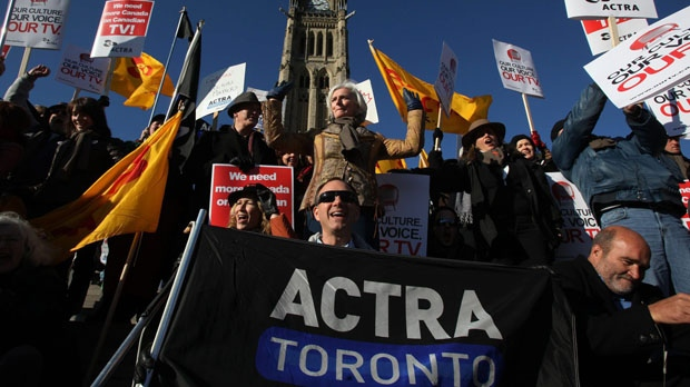"""Ferne Downey, President of ACTRA (centre), heads up the """"OUR TV"""" rally on Parliament Hill in Ottawa, Ont., Monday, November 16, 2009. ACTRA and some of Canada's biggest TV stars staged the rally in order to get more Canadian drama back in prime time and to let all of Canada know that the fight is about our culture, our TV and, as Canadians, our voice. The Canadian Press Images PHOTO/ACTRA"""