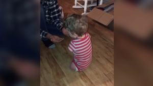 Extended: Toddler walks for first time