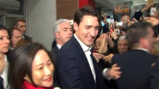 Justin Trudeau swarmed by supporters