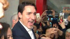 Trudeau swarmed by mob in Toronto