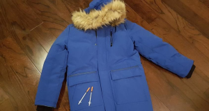 Nathalie Major says there were two needles in the pocket of her daughter's newly-bought winter coat. (photo courtesy of Nathalie Major)