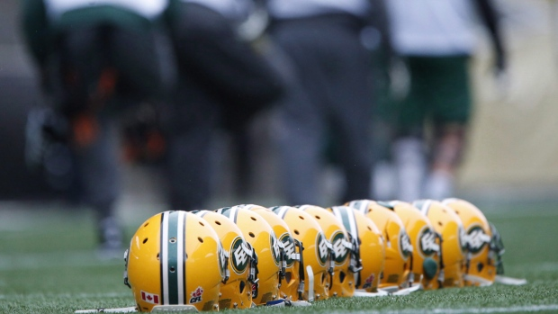 Edmonton Eskimos helmets at a team practice in Winnipeg, Man., on Nov.25, 2015. (John Woods / THE CANADIAN PRESS)