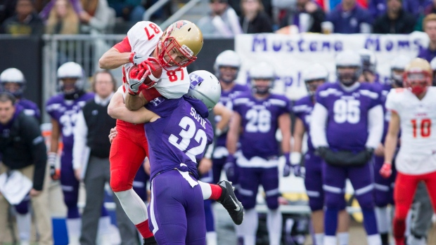 Western Wins Vanier Cup With 39 17 Victory Over Laval