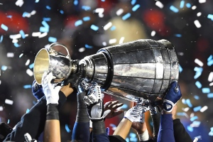 The Toronto Argonauts celebrate as they hoist the Grey Cup after defeating the Calgary Stampeders in the 105th Grey Cup in Ottawa on Sunday, Nov, 26, 2017. (Sean Kilpatrick / THE CANADIAN PRESS)