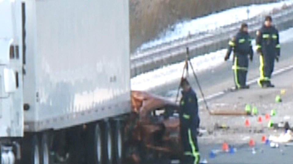 Ohio Man Facing Charges After Hwy 401 Transport Truck Crash