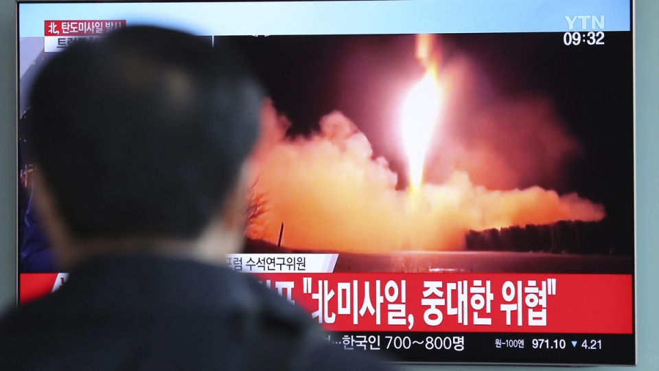News of the North Korean missile launch broadcast at the Seoul Railway Station in Seoul, South Korea, on Nov. 29, 2017. (Lee Jin-man / AP)