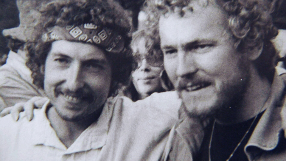 A 1972 photo of Bob Dylan (left) and Gordon Lightfoot. Dylan showed up unannounced at a Lightfoot performance at the Mariposa Fold Festival on Toronto island.