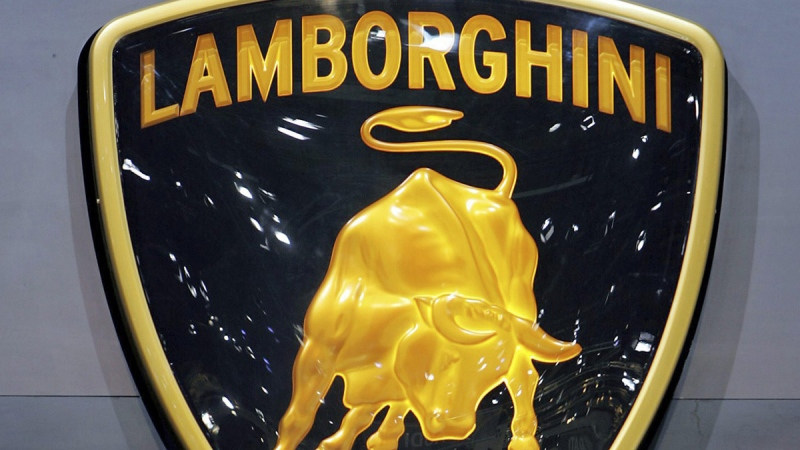 Lamborghini logo at the Geneva International Motor Show, on March 2, 2005. (Martial Trezzini / Keystone)