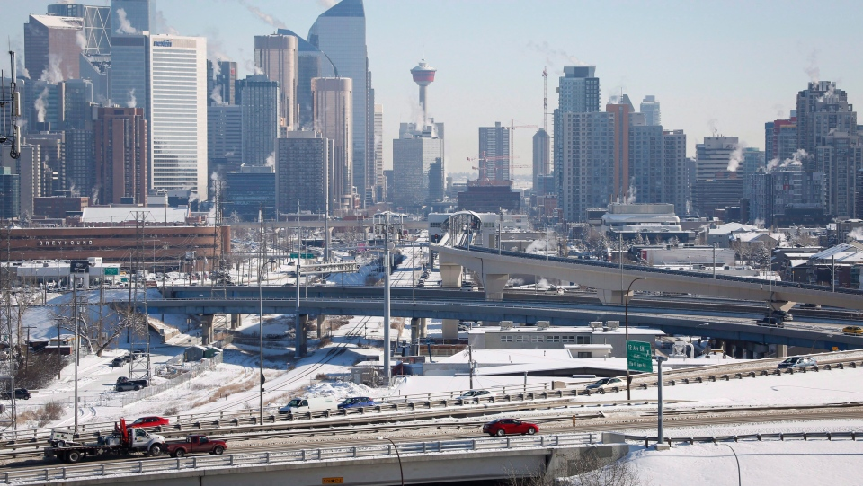 Highway traffic moves through Calgary, Alta., on Wednesday, Feb. 8, 2017. (THE CANADIAN PRESS/Jeff McIntosh)