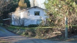 A home on Maliview Drive on Salt Spring Island was cordoned off as a major crimes unit investigated an incident Wed., Dec. 6, 2017. (Courtesy Gulf Islands Driftwood Newspaper)