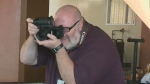 Photographer captures portraits at Siloam Mission
