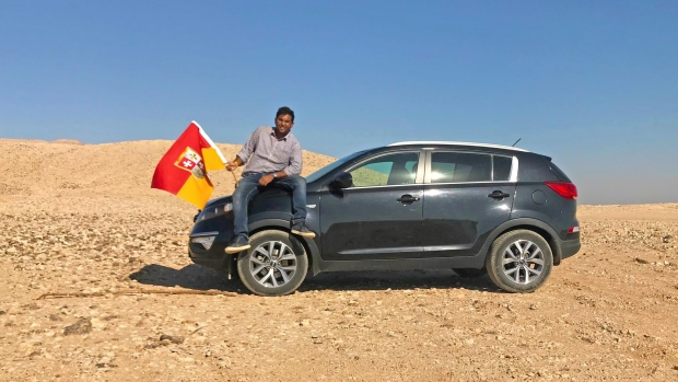 Suyash Dixit poses in his self-declared kingdom between Egypt and Sudan in this Nov. 7, 2017 Facebook photo. (Suyash Dixit/Facebook)