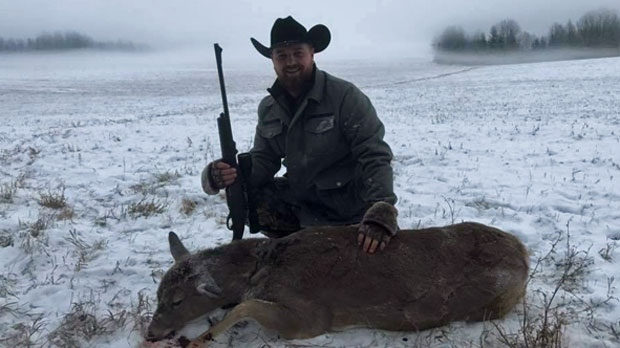 Derek Fildebrandt - deer