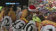 Young ringette players donate to Toy Mountain