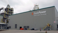 The SaskPower carbon capture and storage facility is pictured at the Boundary Dam Power Station in Estevan, Sask. on Thursday, October 2, 2014. (Michael Bell/THE CANADIAN PRESS)