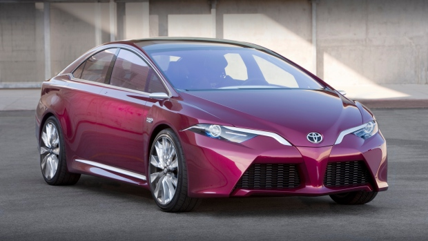 Toyota wants to sell more than 1 million electric cars by 2030