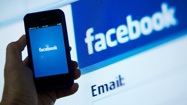 Facebook considering its own bitcoin for payments: report