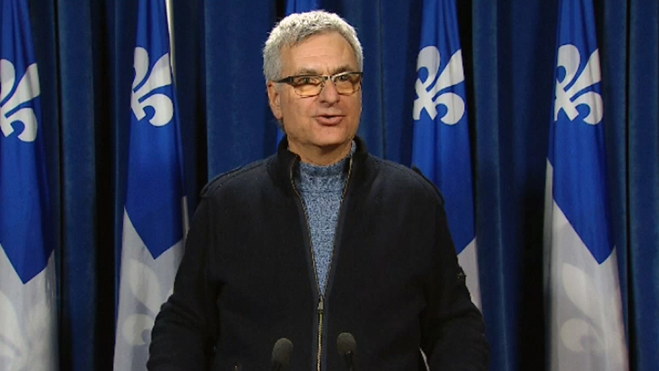 Provincial government house leader Jean-Marc Fournier called on Montreal police union head Yves Francoeur to apologize (Dec. 19, 2017)