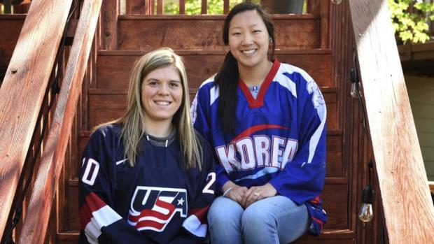 Sisters Hannah and Marissa Brandt