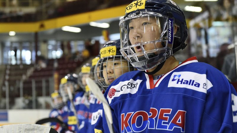 In this photo taken Sept. 24, 2017, South Korea's Marissa Brandt yells instructions to teammates as they play Minnesota in the second period of an exhibition hockey game in Minneapolis. (AP / John Autey)