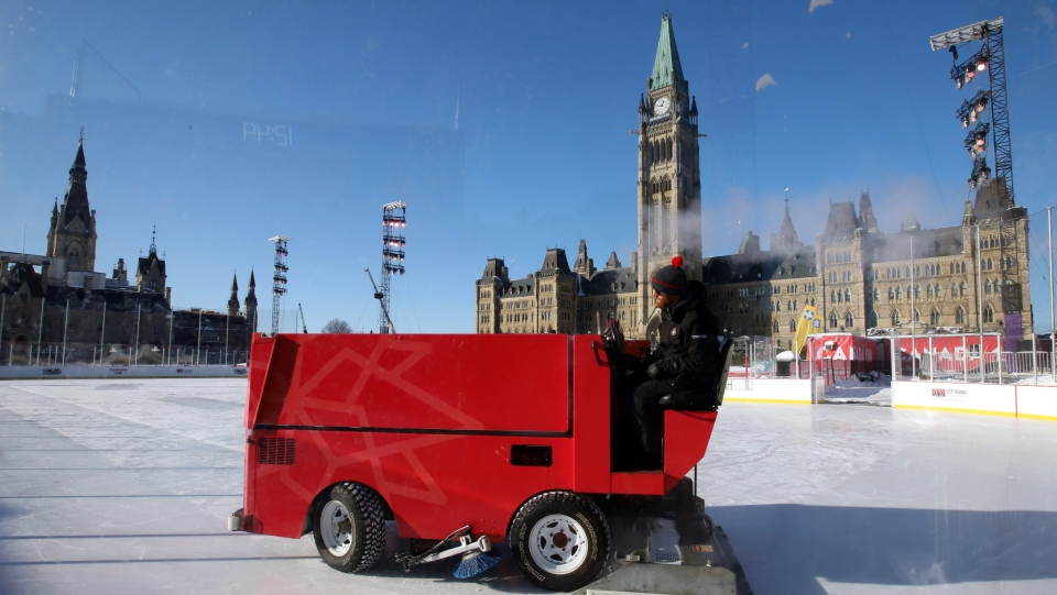 A Zamboni attempts to groom the ice surface on the Canada 150 ice rink on Parliament Hill in Ottawa on Wednesday, Dec.27, 2017. (THE CANADIAN PRESS/Fred Chartrand)