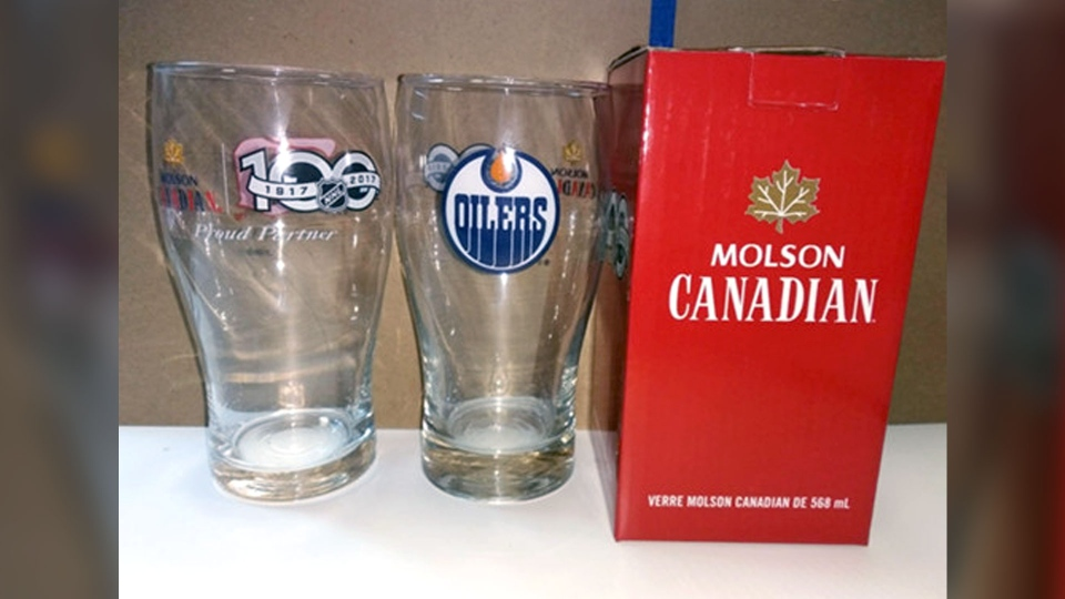 Molson Coors is recalling more than 215,000 NHL beer mugs. (Health Canada)