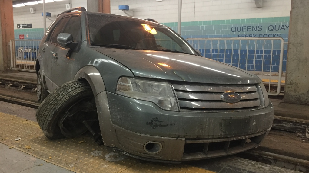 Ford SUV in streetcar tunnel