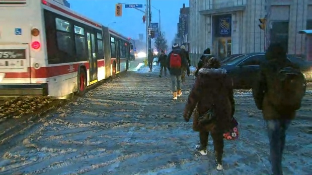 Thousands in Toronto's east end without power; TTC trains forced to shutdown