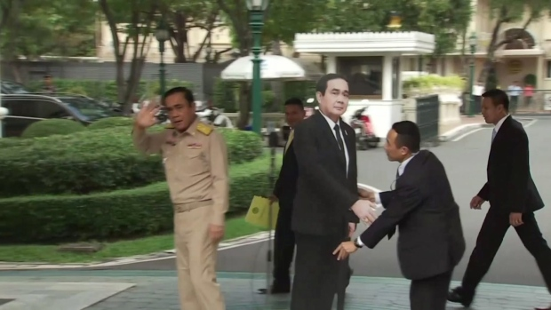 Thai PM abandons press conference, leaves cardboard cutout