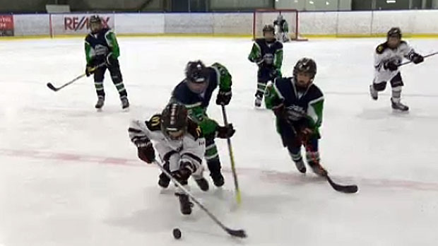 Thousands hit the ice for Calgary minor hockey tou