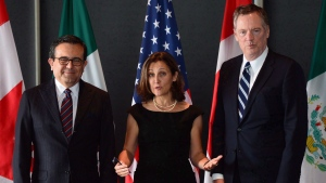 Minister of Foreign Affairs Chrystia Freeland meets for a trilateral meeting with Mexico's Secretary of Economy Ildefonso Guajardo Villarreal, left, and Ambassador Robert E. Lighthizer, United States Trade Representative, during the final day of the third round of NAFTA negotiations at Global Affairs Canada in Ottawa on Wednesday, Sept. 27, 2017. (Sean Kilpatrick/THE CANADIAN PRESS)