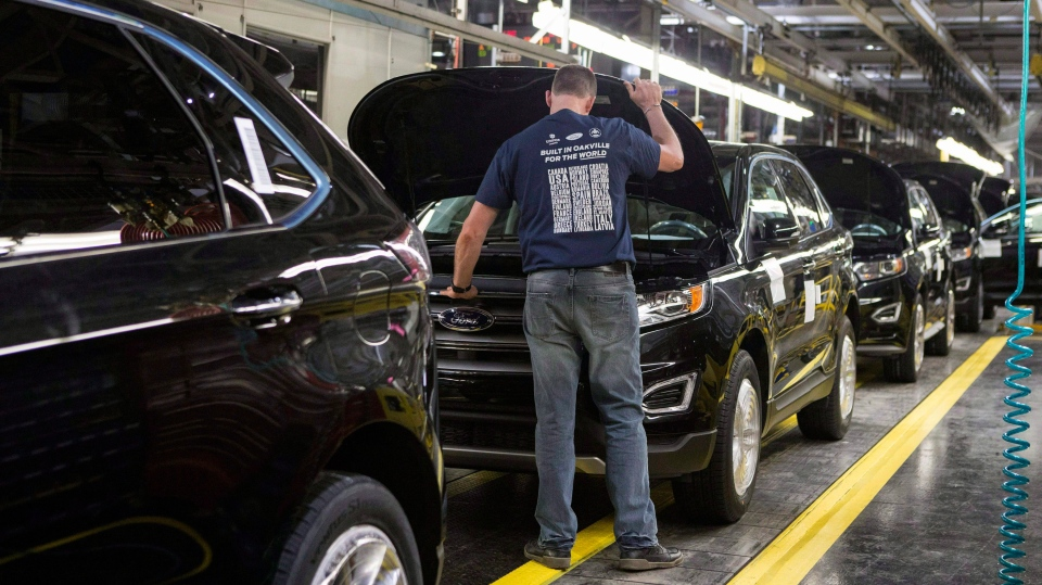 At the Ford Assembly Plant in Oakville, Ont., on February 26, 2015. (Chris Young / THE CANADIAN PRESS)