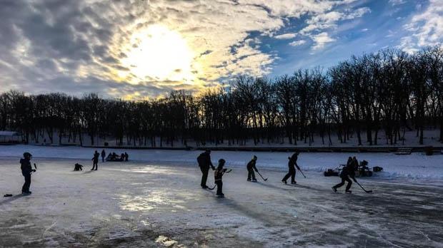 Source: Holly Klassen/Morden Lake Skating Trail Facebook group