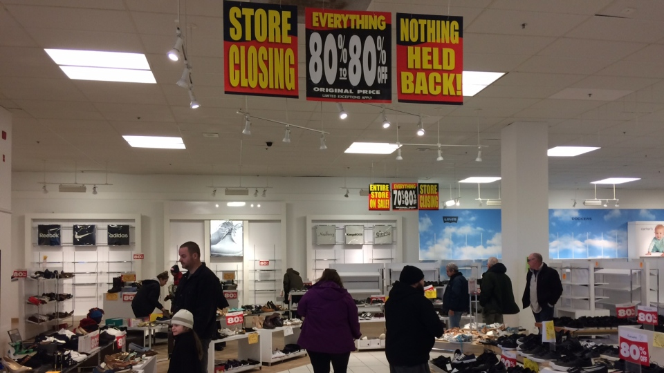 Shoppers take advantage of Sears' liquidation sales on its final weekend in business. (CTV News/Rob Cooper)