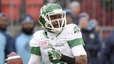 Saskatchewan Roughriders quarterback Kevin Glenn (5) gets set to pass during the CFL Eastern final against the Toronto Argonauts, Sunday November 19, 2017 in Toronto. (THE CANADIAN PRESS/Nathan Denette)
