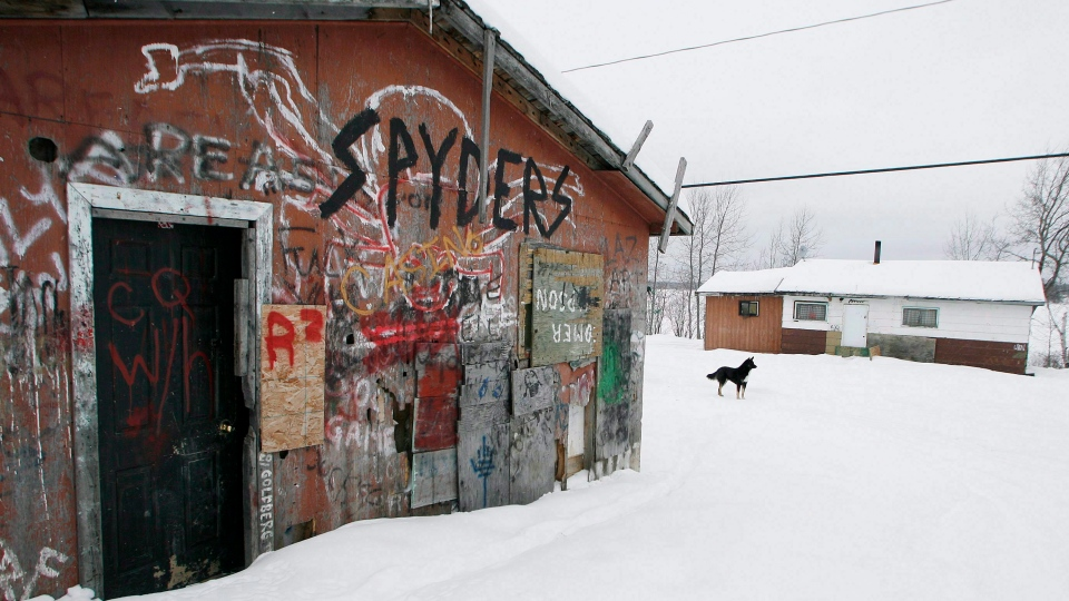 An abandoned house is shown on the Pikangikum First Nation on Friday, January 5, 2007. (THE CANADIAN PRESS/John Woods)