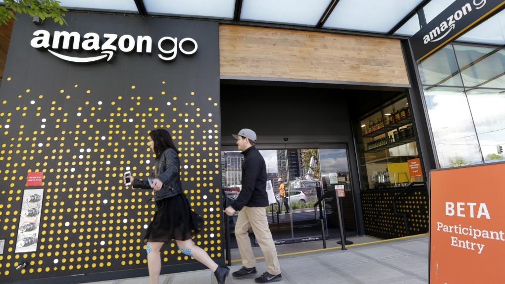 8e3c385775512 Amazon opens store with no cashiers, lines or registers | CTV News