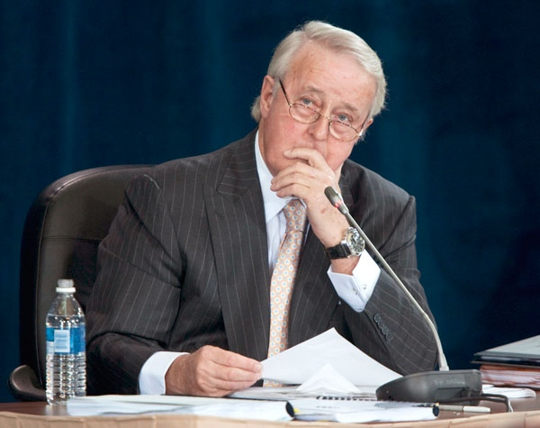 Former prime minister Brian Mulroney testifies at the Oliphant Commission in Ottawa, Thursday May 14, 2009. (Adrian Wyld / THE CANADIAN PRESS)