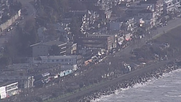 Landslide damages property in white rock ctv vancouver news for Landscaping rocks windsor ontario