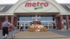 Metro store in Ste. Marthe-sur-le-Lac, Quebec