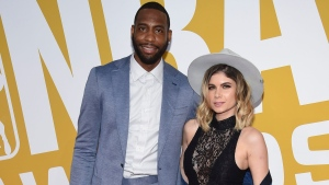 Rasual Butler and his wife Leah LaBelle arrive at the NBA Awards at Basketball City at Pier 36 in New York, on June 26, 2017. (Evan Agostini / Invision / AP)